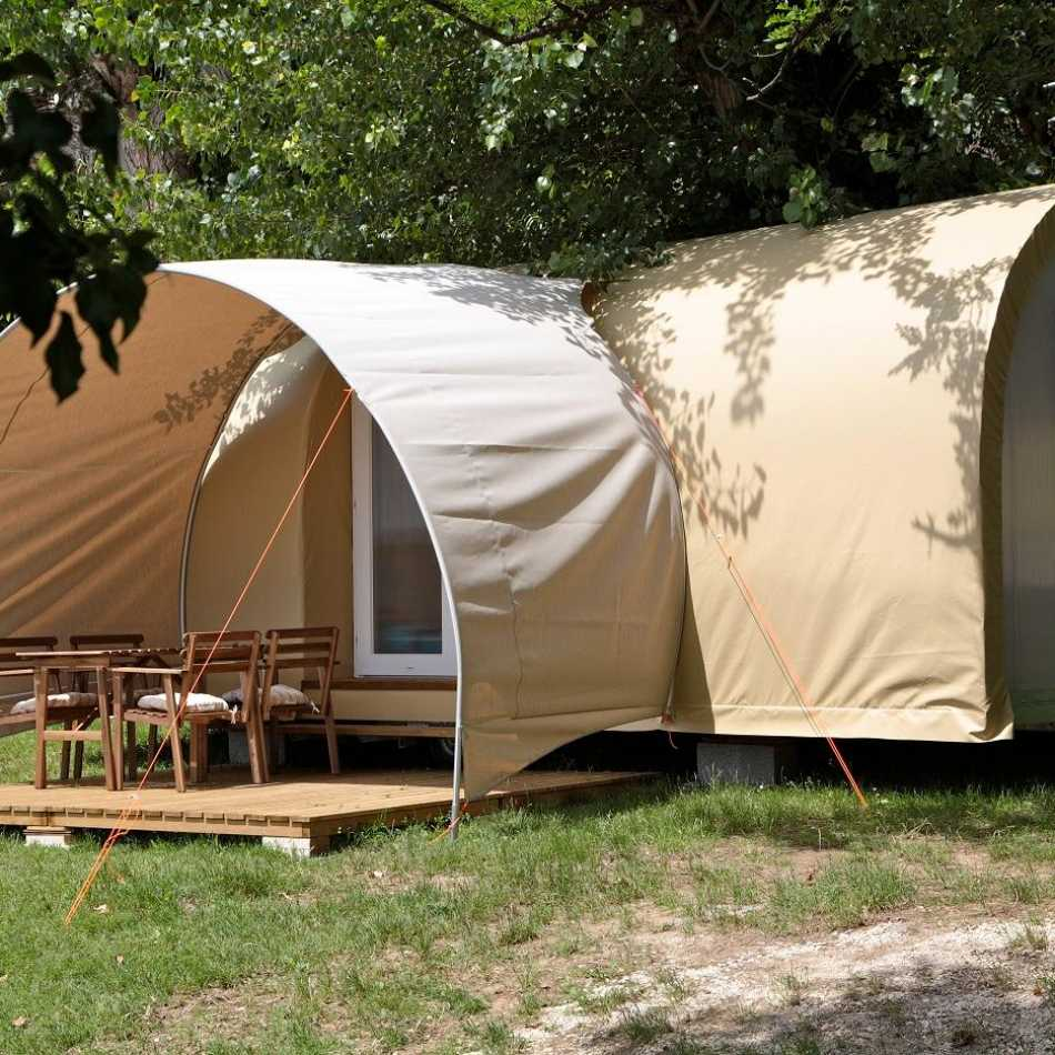 titolo Equipped tent